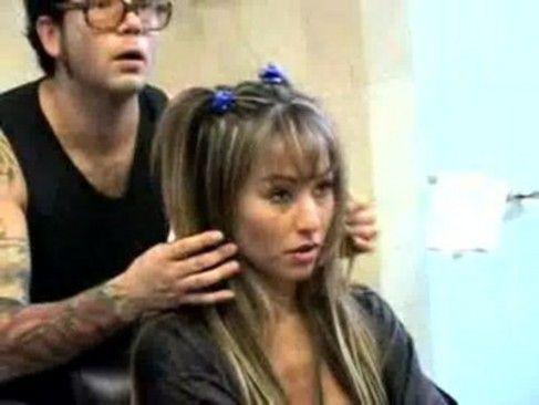 Sabrina Sato posando nua
