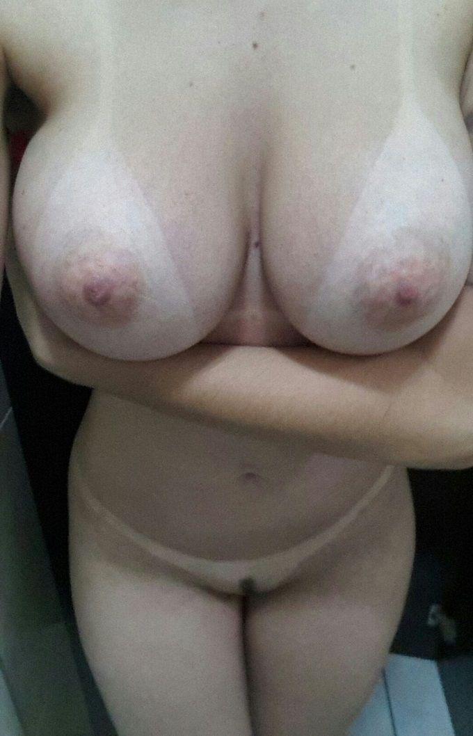 mulher-peituda-gostosa-3