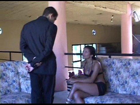 Claudia Bella | Porno Grátis
