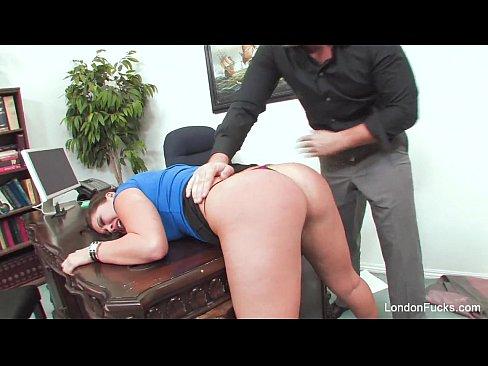 London Keyes | Cena de Sexo